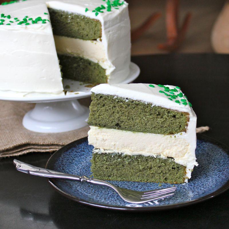 Green Velvet Baileys Cheesecake Cake | Lea & Jay